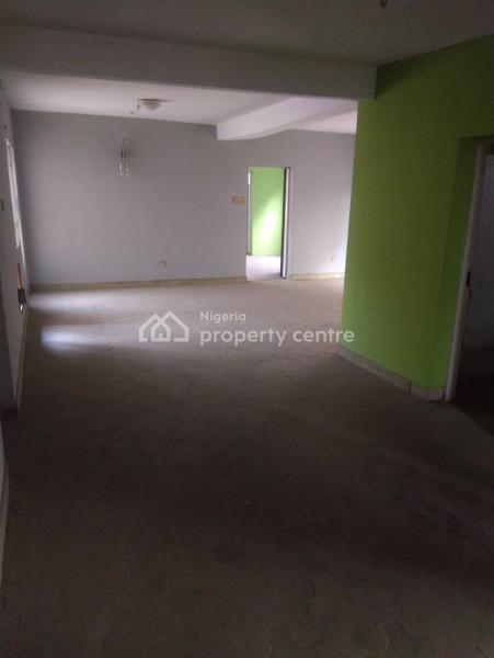 3 Bedroom Flat with Excellent Facilities, 35 Iwaya Road, Onike, Onike, Yaba, Lagos, Flat for Rent