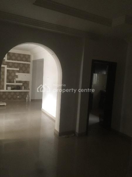 Clean 2bedroom, Victory Park, Shoprite Road, Osapa, Lekki, Lagos, Flat for Rent