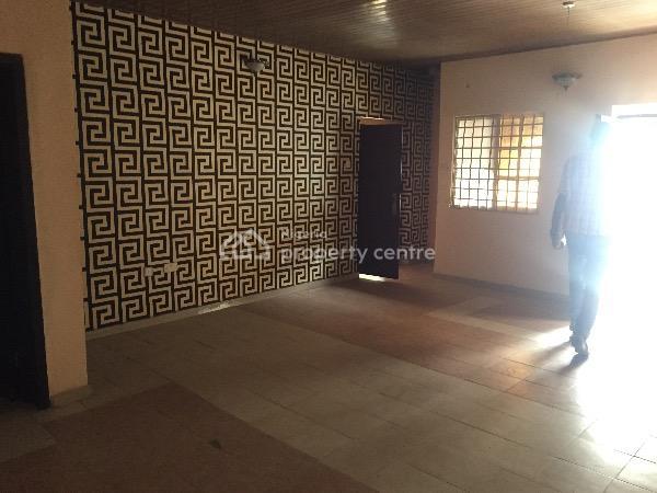 Clean 3 Bedroom Flat, Value County Estate, Ogidan, Sangotedo, Ajah, Lagos, Flat for Rent