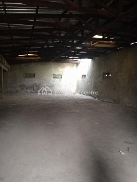 a Bay Warehouse on Approx. 1,200 Sq Ft, Sari-iganmu Road, Orile Iganmu, Iganmu, Lagos, Warehouse for Rent