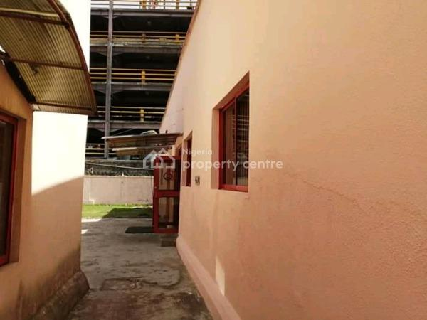 Well Built Commercial Property in a Very Busy Location, Off Adeola Odeku, Victoria Island Extension, Victoria Island (vi), Lagos, Commercial Property for Rent