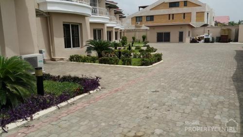 Lovely 4 bedroom terrace house with boys quarter ikoyi for Terrace house boys