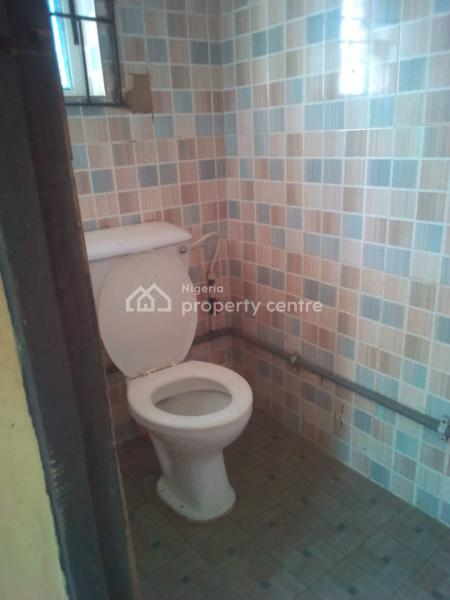 a Clean Room in a Flat, Off Odo Eran Road, Itire-ikate, Surulere, Lagos, Flat for Rent