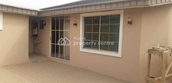 3 Bedroom Flat, Otedola Estate, Omole Phase 2, Ikeja, Lagos, Flat for Rent