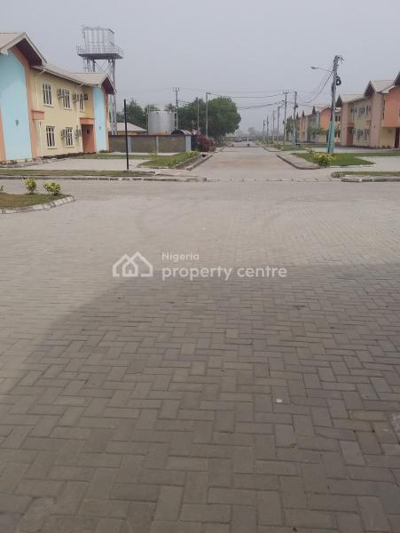 3 Bedroom Massionate with Infrastructure and Fully Residential, Abijo, Lekki, Lagos, Block of Flats for Sale