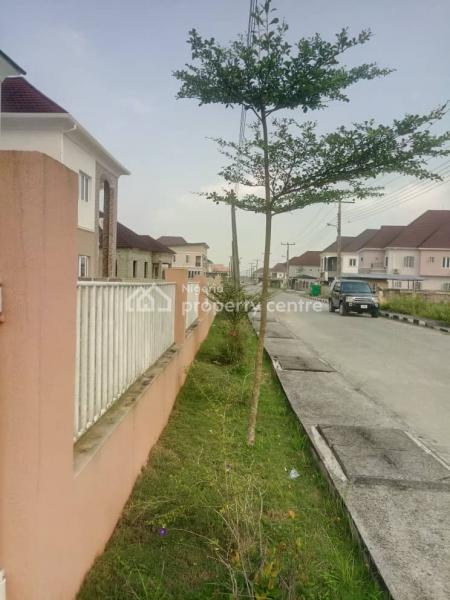 4 Bedroom Fully Detached Duplex with Additional 2 Rooms Bq, Amity Estate, Lekki, Sangotedo, Ajah, Lagos, Detached Duplex for Sale