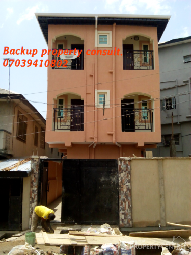 For Rent Super Clean 2 Bedroom Around Owen Street Jibowu Yaba Lagos 2 Beds 2 Baths Ref