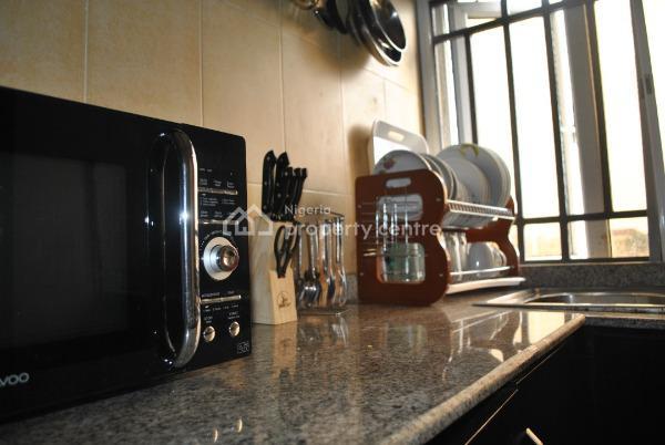 Luxury 2 Bedroom Apartment, Off Adewunmi Adebimpe Drive, Lekki Phase 1, Lekki, Lagos, Flat Short Let