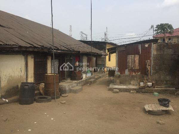 Land and Houses, 110 Calabar Road, Calabar, Cross River, Plaza / Complex / Mall for Sale
