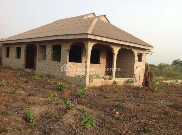 Four Bedrooms Bungalow, Ilogbo Ishowo, Atan Ota, Ado-odo/ota, Ogun, Terraced Bungalow for Sale
