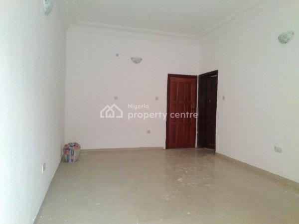Lovely Finished 2 Bedroom Flat, Off Admiralty Road, Lekki Phase 1, Lekki, Lagos, Flat for Rent