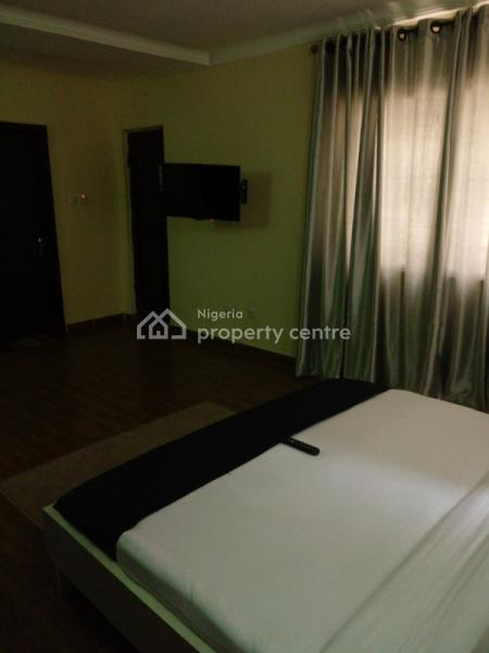 Luxury 3 Bedroom Apartment Available & Affordable Price 24 Hours Light, Didaolu Estate Ty Danjuma, Victoria Island Extension, Victoria Island (vi), Lagos, Self Contained (single Rooms) Short Let