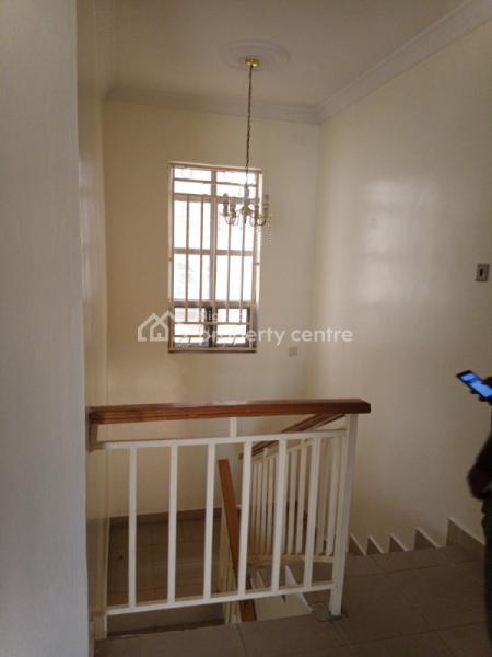 Lovely 4 Bedroom Duplex with Bq, Lekki Right By Pinnacle Filling Station, Lekki Phase 1, Lekki, Lagos, Terraced Duplex for Rent