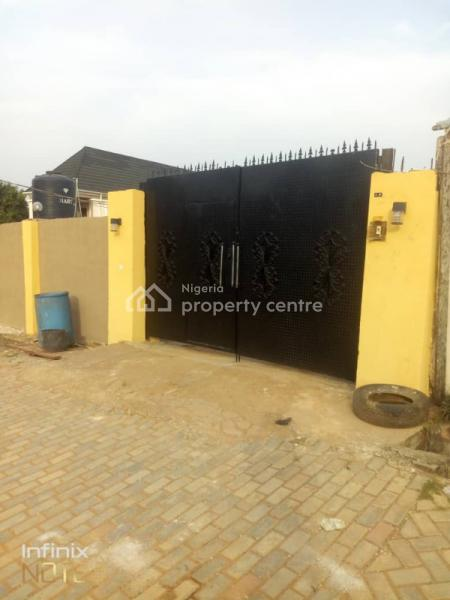2 Bedroom Flat in a Close (rooms Ensuite +a Large Store), Olowora, Omole Phase 2, Ikeja, Lagos, Flat for Rent