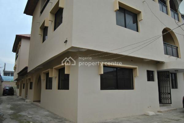 Two Duplexes - Luxury Twin Duplex with Excellent Facilities Near You, Adebisi Omotola St, Isolo, Ajao Estate, Lagos, Nigeria, Isolo, Lagos, Detached Duplex for Sale