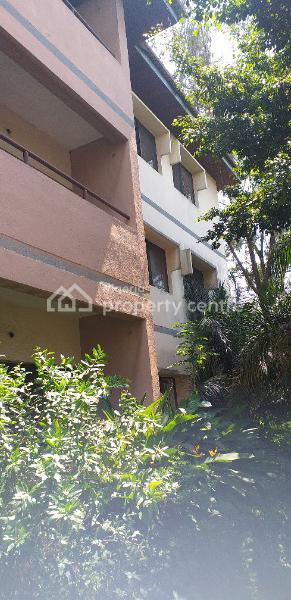 6 Units of 3 Bedroom Flats with 6 Bedroom Bq with Spacious Compound, Sinari Daranijo, Victoria Island Extension, Victoria Island (vi), Lagos, Block of Flats for Sale