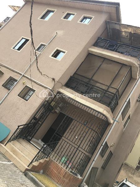 Nice 3 Bedroom Flat, Magodo, Gra, Magodo, Lagos, Flat for Rent