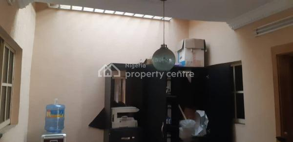 3 Bedroom Flat with Self Compound, Otedola Estate, Gra, Magodo, Lagos, Flat for Rent