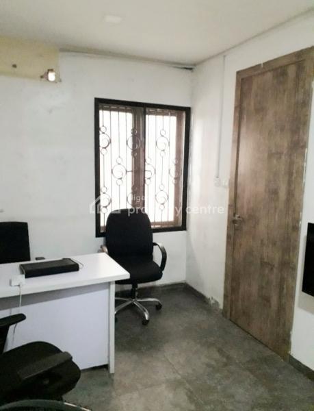 2-bedroom Bq Office Space, Off Admiralty Way, Lekki Phase 1, Lekki, Lagos, Office Space for Rent