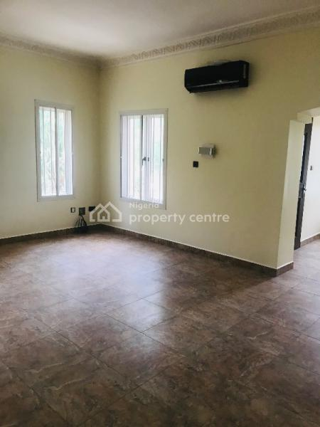 Exquisite 4 Bedroom Fully Detached Duplex with 2 Room Bq and Guest Chale, Asokoro District, Abuja, Detached Duplex for Rent