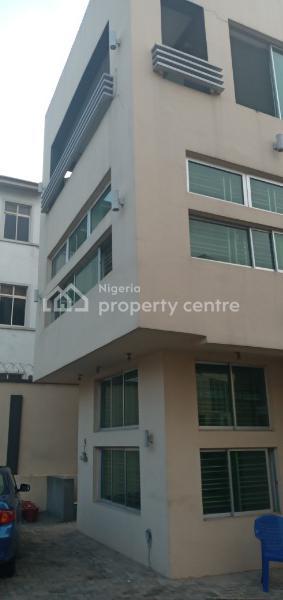 5 Bedrooms Terrace Duplex, Off Bashiru Shittu Street Magodo Gra Phase 2,shagisha, Gra, Magodo, Lagos, Terraced Duplex for Rent