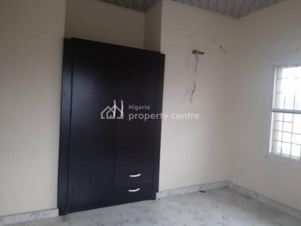Upper Floor 2 Bedroom Flat, Ilasan, Lekki, Lagos, Flat for Rent