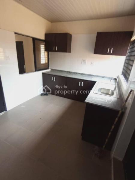 Tastefully Finished Self Serviced 2 Bedroom Apartment All Rooms En Suite, Idado Chevron, Idado, Lekki, Lagos, House for Rent