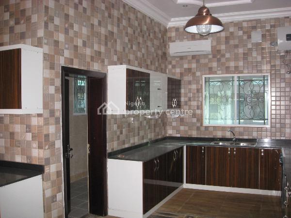 Deluxe 6 Bedroom Brick Mansion, a Close, 14 Road, Gwarinpa Estate, Gwarinpa, Abuja, Detached Duplex for Sale