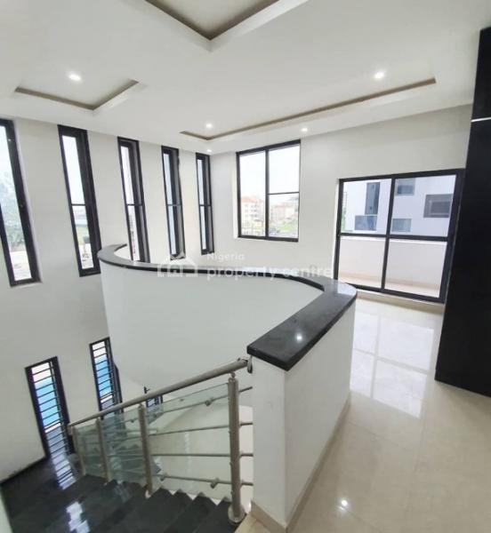 Lovely Duplex, By Banana Island Gate, Banana Island, Ikoyi, Lagos, Semi-detached Duplex for Sale