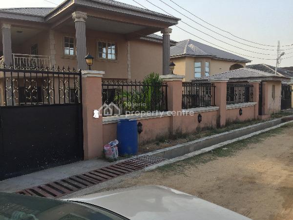 Detached 5bedrooms Duplex  with a Rm Bq on a Plot of Land, Alogba Estate, Ebute, Ikorodu, Lagos, Detached Duplex for Sale