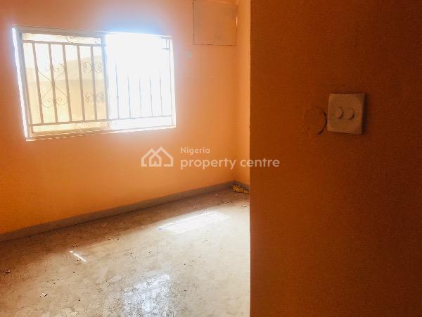 Clean 3 Bedroom Apartment, Utako, Abuja, Flat for Rent