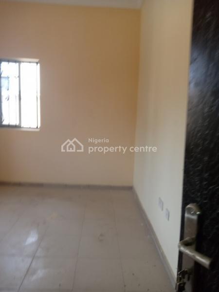 2 Bedroom Flat, Bankole Estate, Magboro, Ogun, Flat for Rent