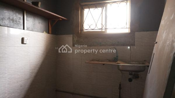Decent, Nice Two Bedroom, Yaba, Lagos, Flat for Rent