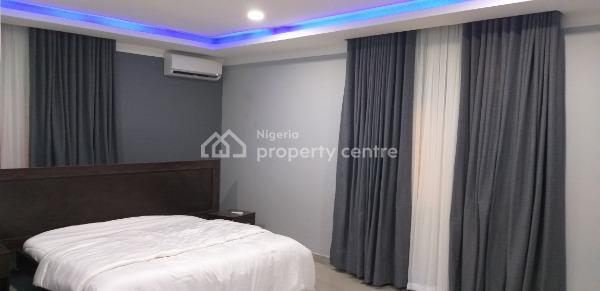 Luxury 3 Bedroom Flat, Babaponmile Street Mangoro, Mangoro, Ikeja, Lagos, Self Contained (single Rooms) Short Let