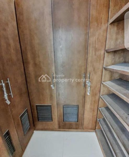 For Rent: 3 Bedroom Maisonettes, Ikoyi, Lagos