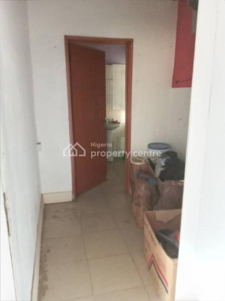 an Open Plan Office, Victoria Island (vi), Lagos, Office Space for Rent