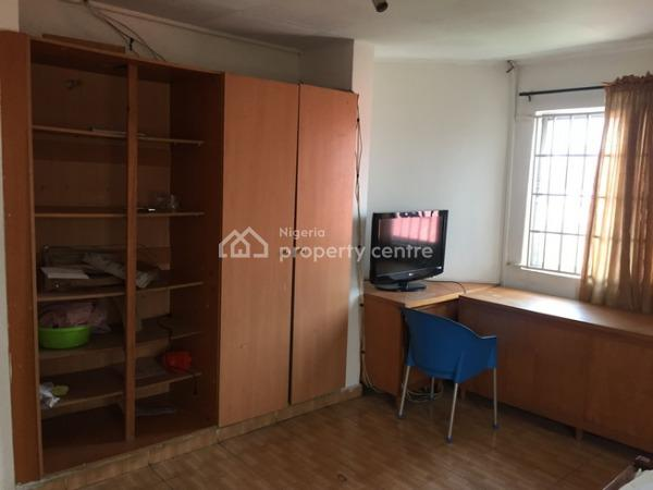 Very Massive 4 Bedroom Flat (upstairs), Gated and Secured Estate, Adeniyi Jones, Ikeja, Lagos, Flat for Sale