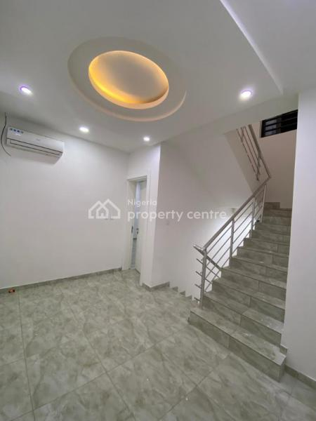 New 4 Bedroom Luxurious Terrace ( All Ensuite), 2 Living Room with Bq, Lekki Phase 1, Lekki, Lagos, Terraced Duplex for Sale