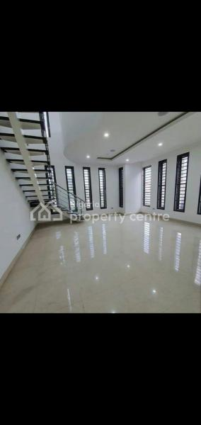 5 Bedroom Semi-detached Duplex with a Maids Room and Fitted Kitchen, Banana Island Road, Old Ikoyi, Ikoyi, Lagos, Semi-detached Duplex for Rent