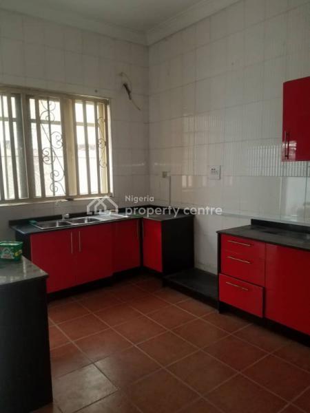Four Bedroom Terrace, Osapa, Lekki, Lagos, Terraced Duplex for Rent