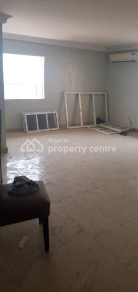 a 3 Bedroom Flat in a Serene Environment, New Road B/stop, Chevron, Lekki, Lagos, Terraced Duplex for Rent