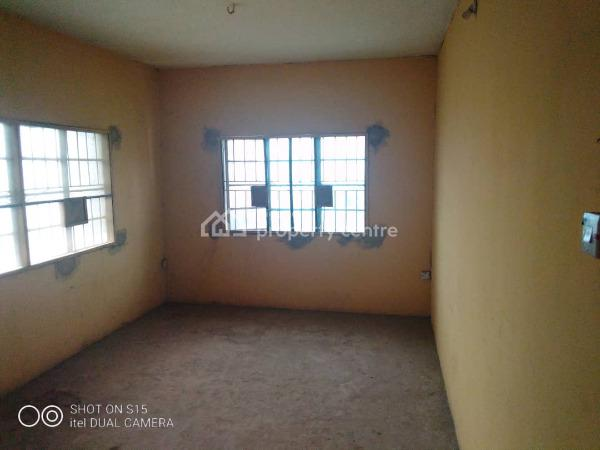 3 Bedroom Flat, Car Wash Bus-stop Iyana Oworo, Gbagada, Lagos, Flat for Rent