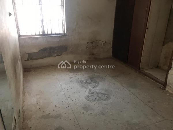 Dilapidated 3 Bedroom Bungalow, Zone 1, Wuse, Abuja, Semi-detached Bungalow for Sale
