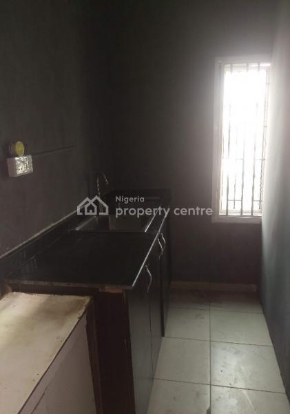 Massive Mini Flat Upstairs, Off George Enemoh Street, Lekki Phase 1, Lekki, Lagos, Mini Flat for Rent