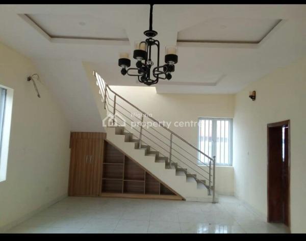 3 Beroom Flat, Badore, Ajah, Lagos, Mini Flat for Rent