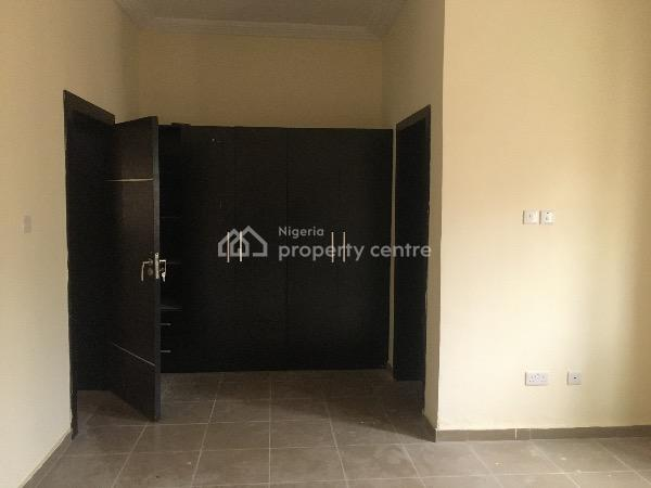 a Very Spacious Room Self Contained with Excellent Facilities, Road 25 Lekki Scheme 2 By Abraham Adesanya, Lekki Phase 2, Lekki, Lagos, Detached Duplex for Rent