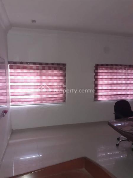Corporate Office Space Upstairs, Ikota Villa Estate By Mega Chicken, Ikota, Lekki, Lagos, Flat for Rent