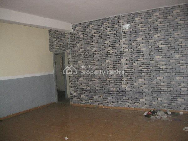 2bedroom Flat, Anifowope Street Off Adetola, Aguda, Surulere, Lagos, Flat for Sale