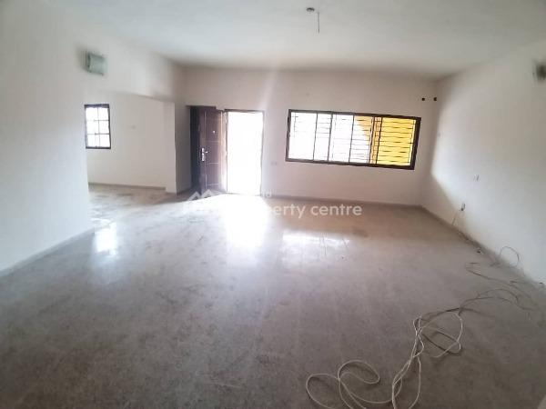 Spacious 4 Unit of 3 Bedroom Flat, Lekki Phase 1, Lekki, Lagos, Flat for Rent
