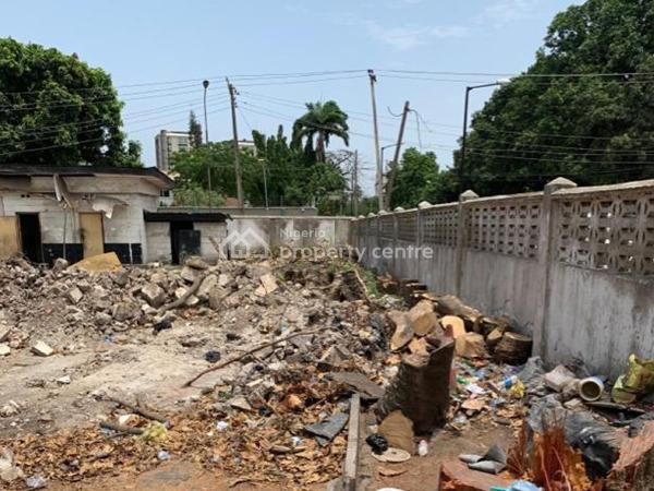 an Empty Land Measuring 742sqm, Ikoyi, Lagos, Residential Land for Sale